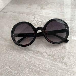 NWT Retro 1960s Black Round Pop Star Sunglasses